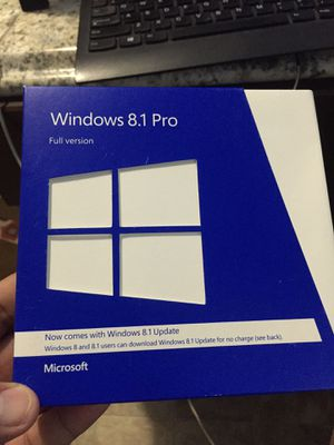 Windows 8,1 pro for Sale in Sterling, VA