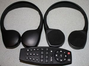 Photo Cadillac Escalade Headphones & DVD Remote