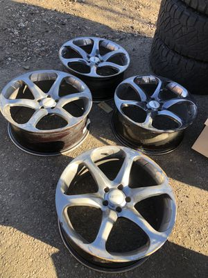 Photo Dodge Charger wheels 2 cracked