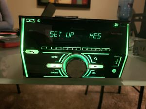 Photo Pioneer double din with CD player/ Aux/ USB/ and Bluetooth in good condition