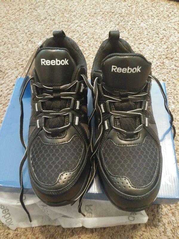 a902755599f8b7 Womens Reebok steel toe shoe for Sale in Clarksville