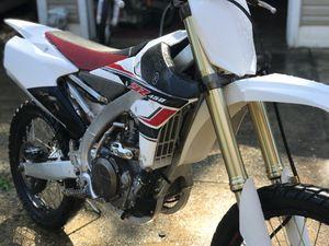 2017 Yamaha yz450f dirt bike for Sale in Woodbridge, VA