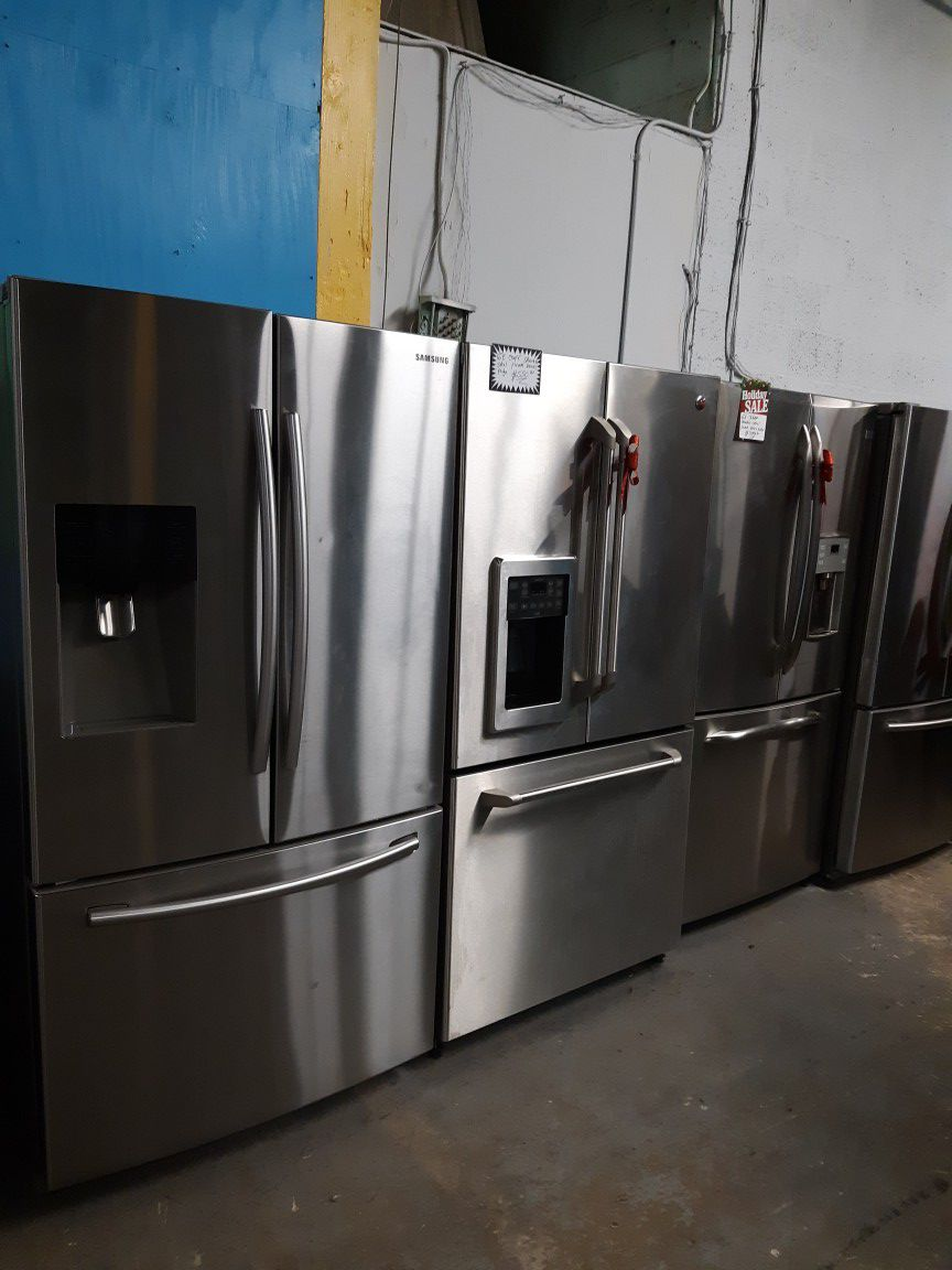 STAINLESS STEEL FRENCH DOORS FRIDGE WORKING PERFECTLY 4 MONTHS WARRANTY