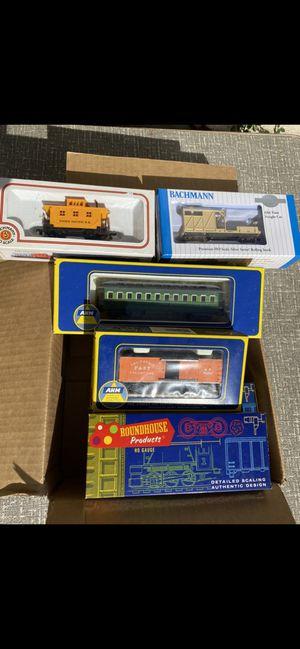 Photo Vintage HO Athern Roundhouse Bachmann train cars