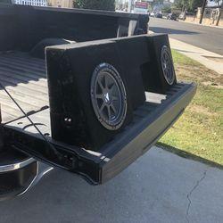 Cajón Y bocinas De 300 Watts  para Chevy Silverado 2014 Cabina Sencilla  Thumbnail