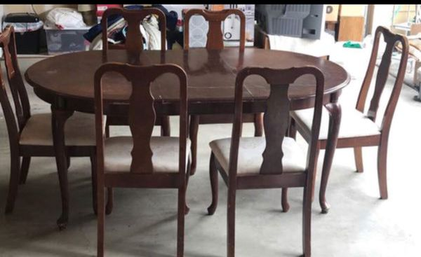 Hardwood Table Set Dining 6 Chairs Furniture In Lacey Wa Offerup
