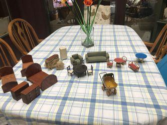 Doll house furniture Thumbnail