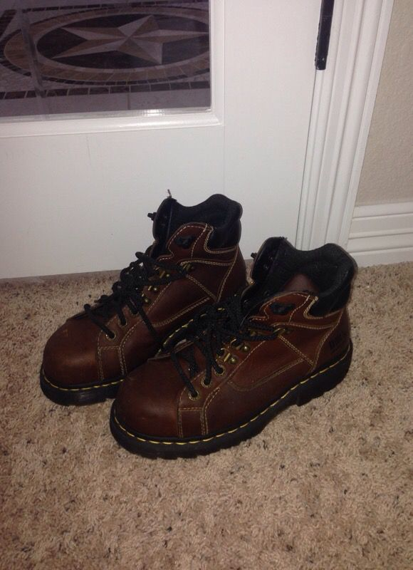 Dr. AirWair Martens safety shoes female