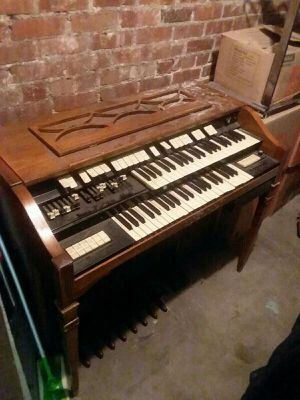 Antique Hammond Organ for Sale in Denver, CO