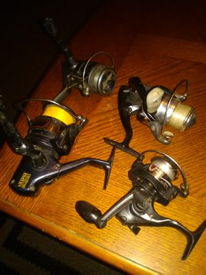 Lot of 4 fishing reels all for 15.00 for Sale in Bakersfield, CA