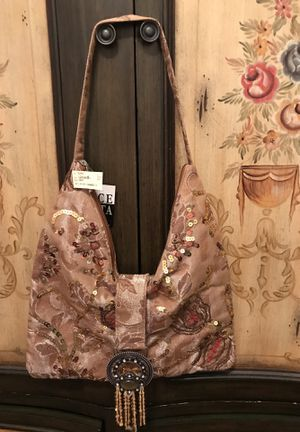 Beautiful!!! Tan/Beige Purse with Sparkle Detail for Sale in Gainesville, VA