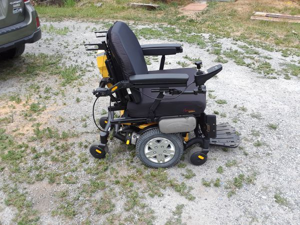 Quantum Edge HD power wheelchair for Sale in Seattle, WA - OfferUp