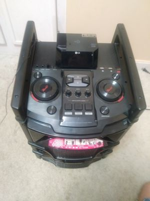 XBOOM cube for Sale in Germantown, MD