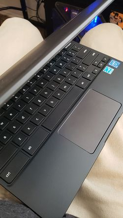 Samsung chrome book rarely used open for trades Thumbnail