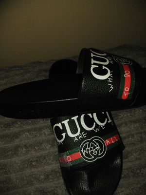 Authentic Gucci slides size 9 for Sale in Washington, DC