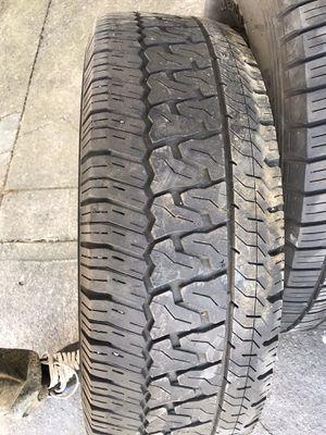 Photo 265-75-16 Perelli tires