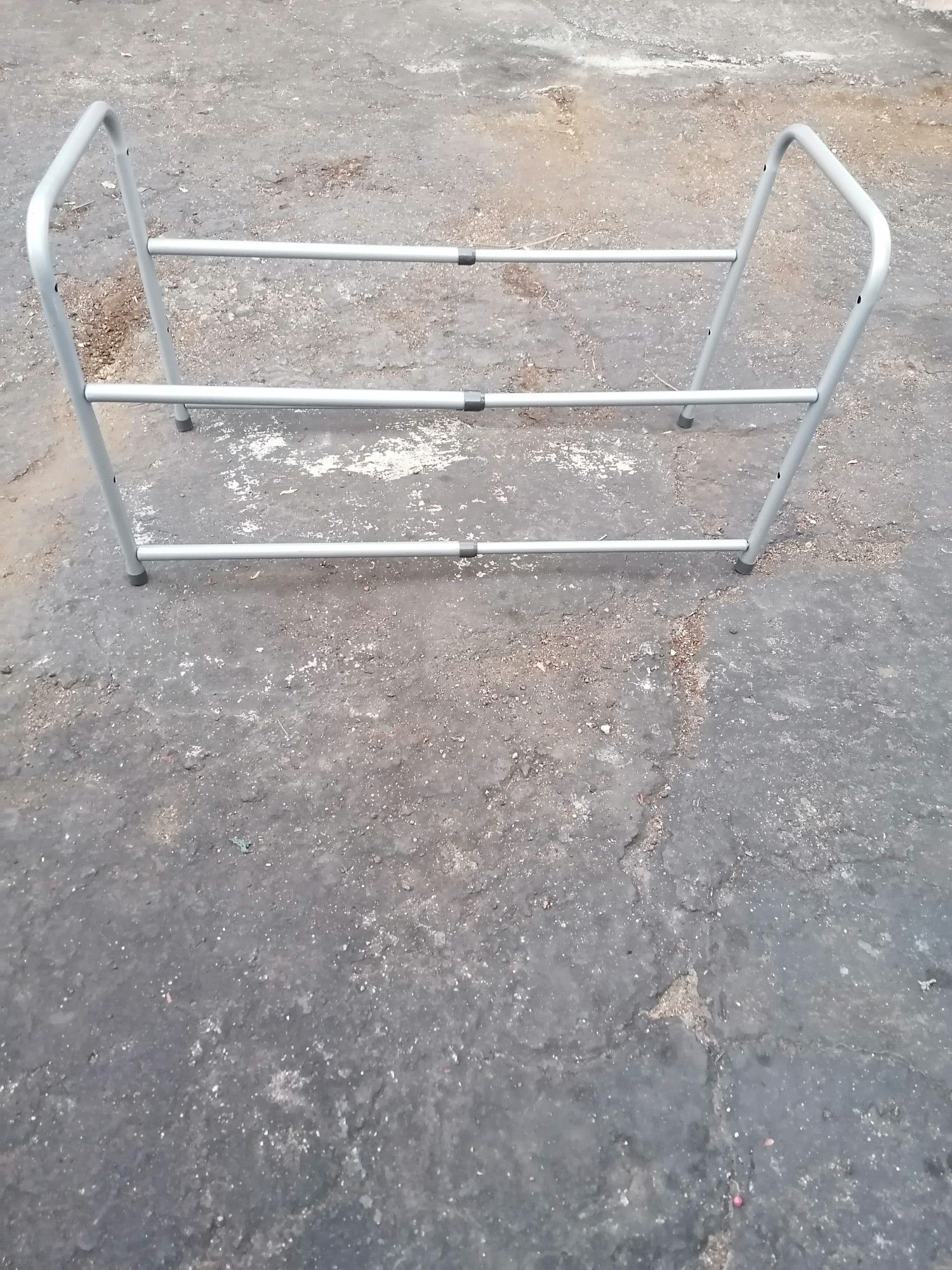 Shoe Rack two shelves great condition