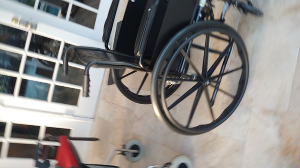 Drive brand Silver Sport wheelchair for Sale in Winter Park, FL - OfferUp