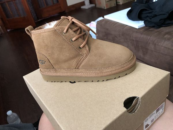 df8c60bc392 UGG Boots Kids for Sale in Shelton, CT - OfferUp