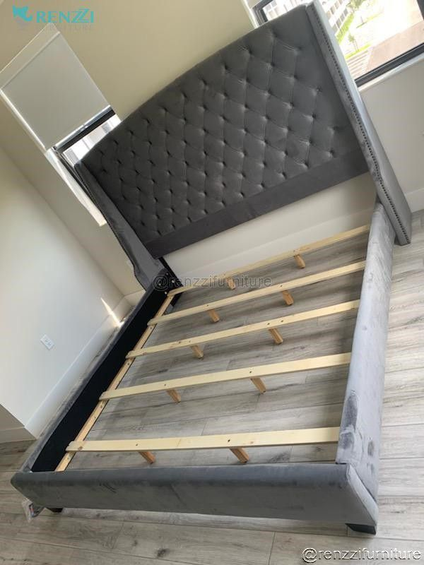 Queen Bed $499 / Financing Available