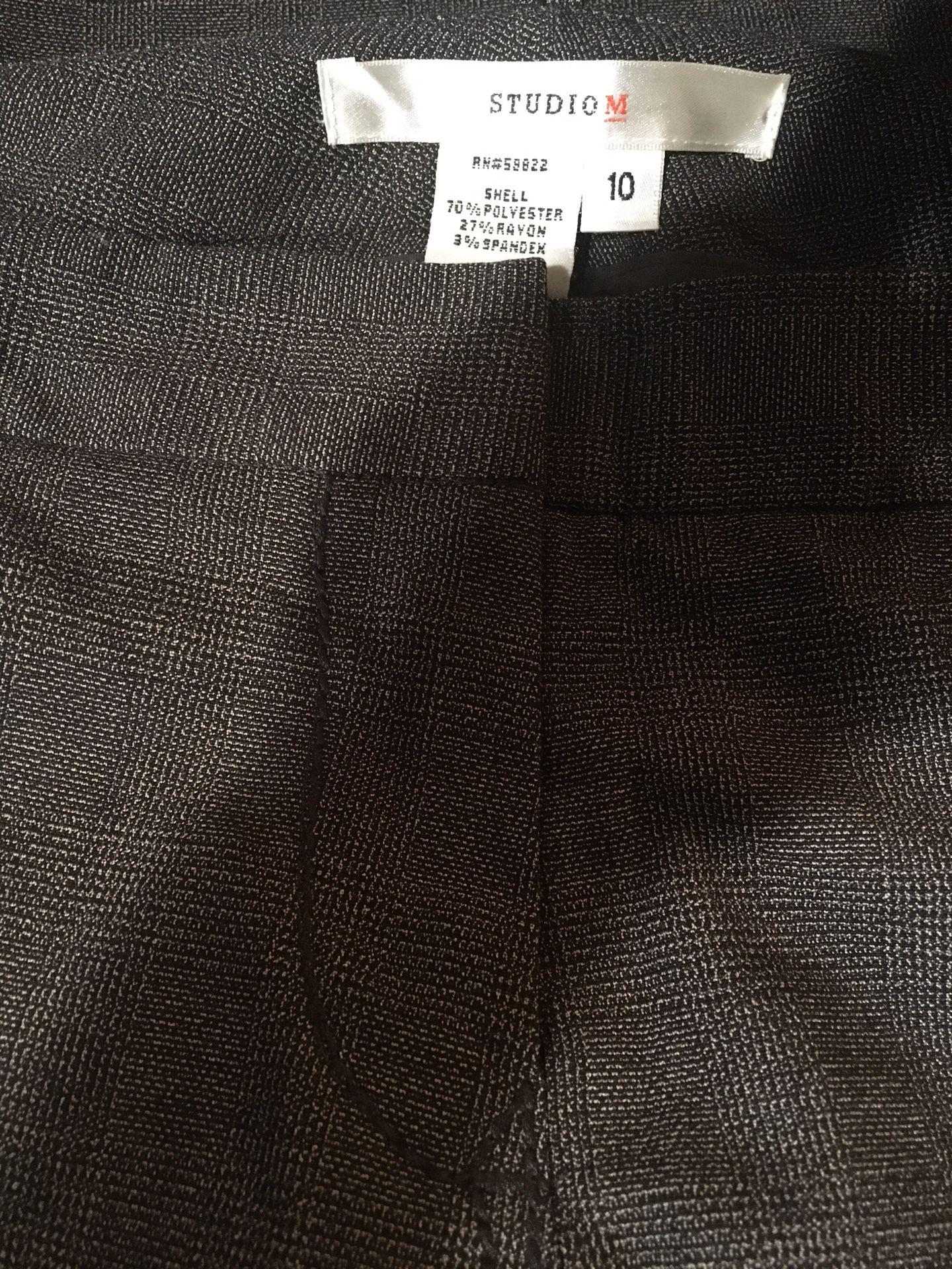 Studio M Women's dress pants size 10