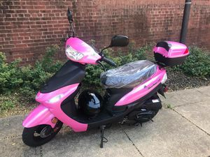 2017 tao tao in hot pink (used) for Sale in Washington, DC