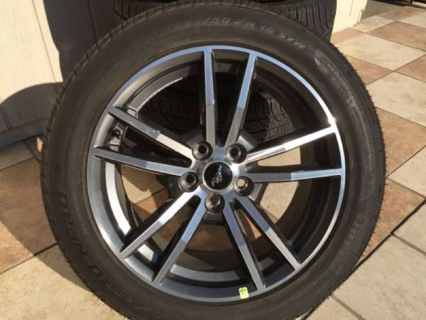 2015 Mustang Wheels >> 2015 Mustang Take Off Stock Wheels And Tires Only 1500 Miles For Sale In Las Vegas Nv Offerup