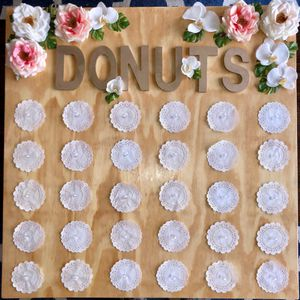 Donut wall + 5 acrylic stands for wedding, bridal shower, etc for Sale in Arlington, VA