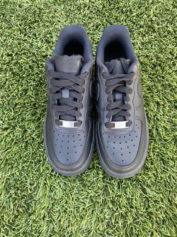 Nike Black Air Force 1 Size 6.5 WOMENS  Thumbnail