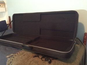 Road Runner Polyfoam Electric Guitar case for Sale in Rockville, VA