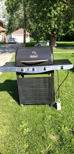 Bbq grill ware for Sale in Aurora, IL