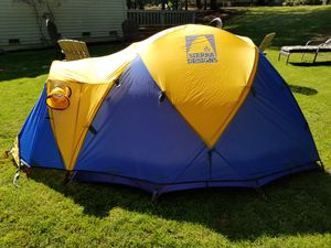 Expedition Stretch Dome 3 for Sale in Sammamish, WA