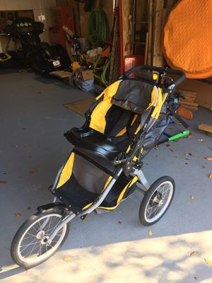 BOB Ironman Stroller for Sale in Silver Spring, MD