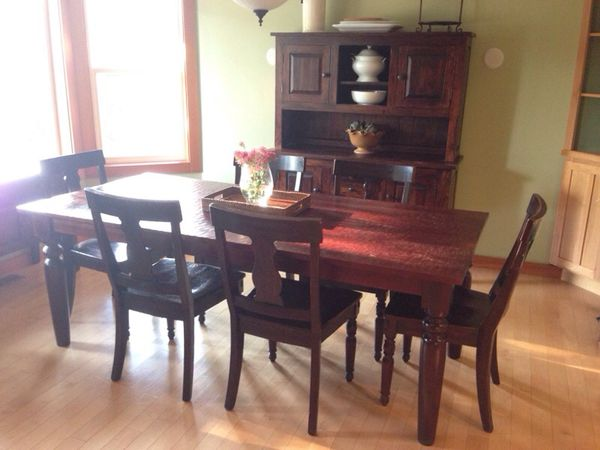 Sourav Dining Table Amp Pottery Barn Dining Chairs For Sale