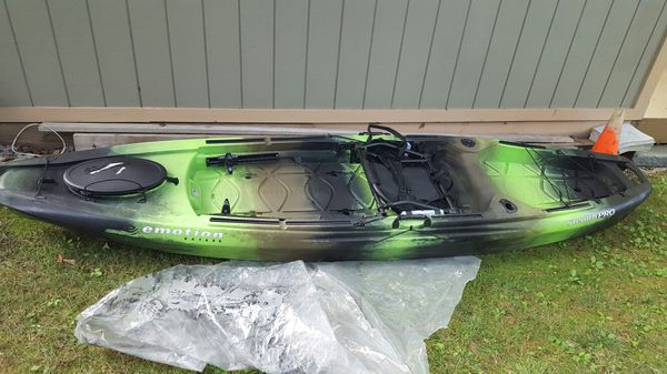 Emotion Stealth Pro Angler Kayak With Paddle For Sale In