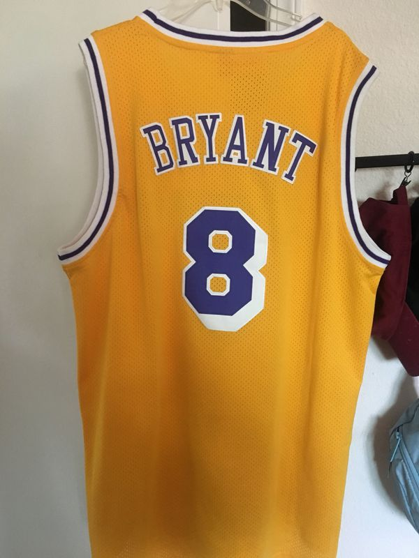 separation shoes 6eb57 b3a17 Kobe Bryant Mitchell and Ness HardWood Classic 8 Jersey for Sale in  Norwalk, CA - OfferUp