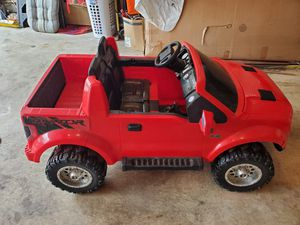Photo Red Ford Raptor Power Wheels