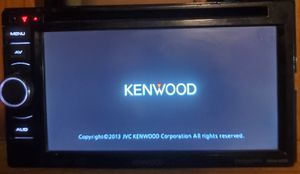 Photo Kenwood DDX370 Stereo Touchscreen, DVD, double-din