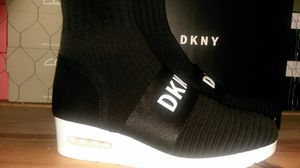 Women's DKNY knit sneakers for Sale in Silver Spring, MD