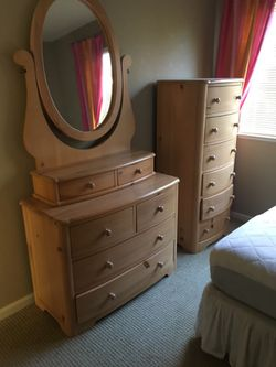 Stanley Young America Cottage Treasures Youth 5 Piece Bedroom Set For Sale In San Ramon Ca Offerup