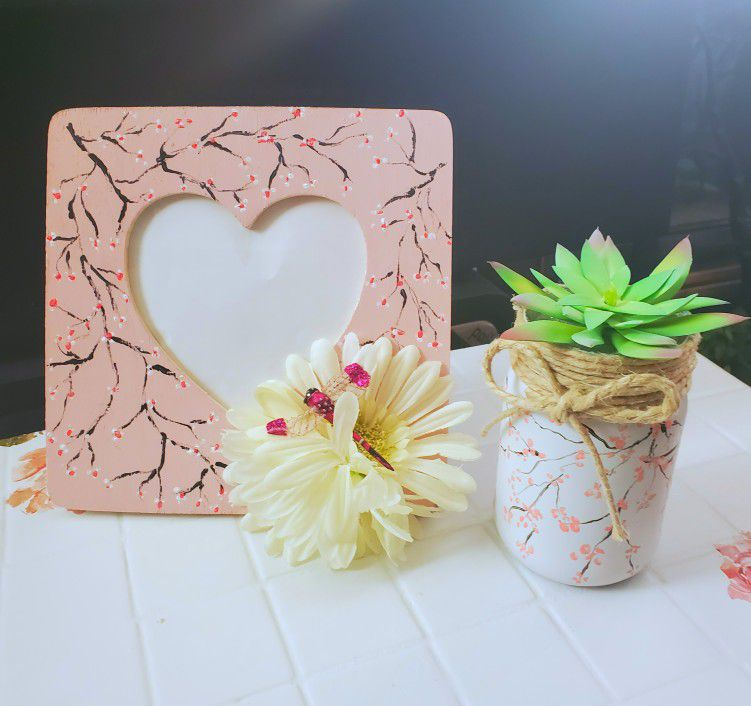 Photo Frame and Fauxe Socculent Set