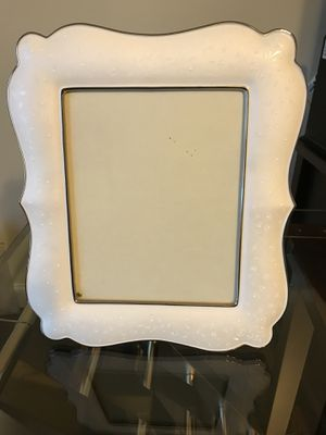 "Lenox picture frame - ""pearl"" details for Sale in Lynchburg, VA"