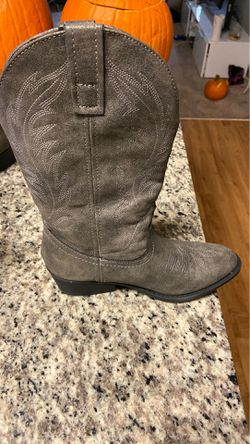 Cowboy boots. Only worn once. Thumbnail