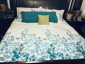 King Comforter Set for Sale in Chandler, AZ