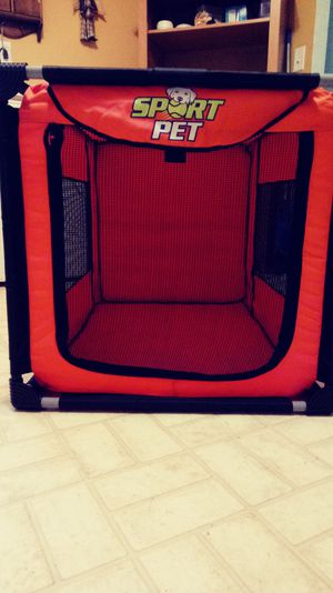 Sport Pet Dog Crate 3'Lx2'Tx2'W Only A Month Old for Sale in Columbus, OH