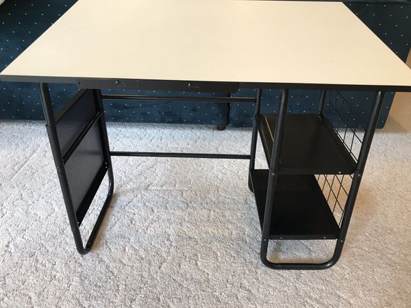 Student/writer's desk for Sale in Colorado Springs, CO ...
