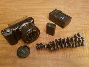 Sony a5000 Used for Sale in Arlington, VA