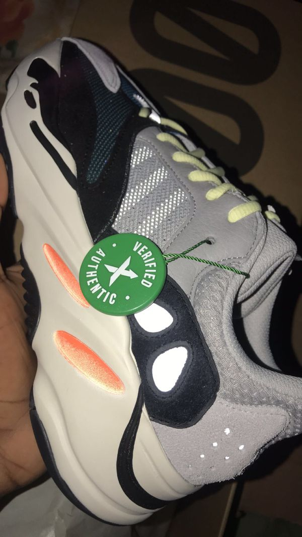 online store 3674b 307bc Adidas Yeezy Wave Runner 700 Solid Grey for Sale in Bronx, NY - OfferUp