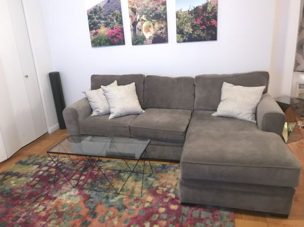 Groovy Raymour Flanigan Grey Sectional Couch With Chaise Artemis Pdpeps Interior Chair Design Pdpepsorg