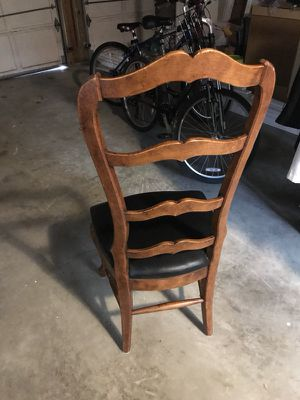 Chair for Sale in Vienna, VA